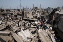 Бангладеш. дом обрушился